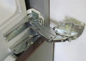Петля дверки для холодильника