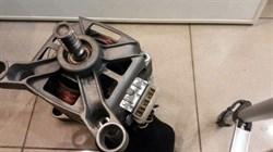 Мотор стиральной машины б/у 43BU - фото 20485