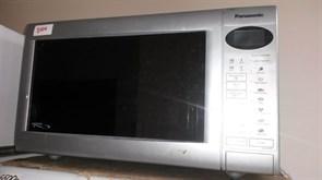 СВЧ Panasonic БУ NN-K574MF sn 5B65070195