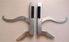 Петли двери духовки плиты GEFEST CX12388 зам. на модели 1100, 3100, 3200, 1140, 2140 (старого образца) 3100.30.0.000