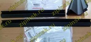 Уплотнительная резина двери нижняя 45см Ariston C00290248